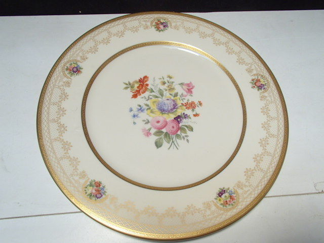 1 Old Ivory Syracuse China Flower Pattern 10 1/2  Plate ~~ Gorgeous : flower pattern dinnerware - pezcame.com