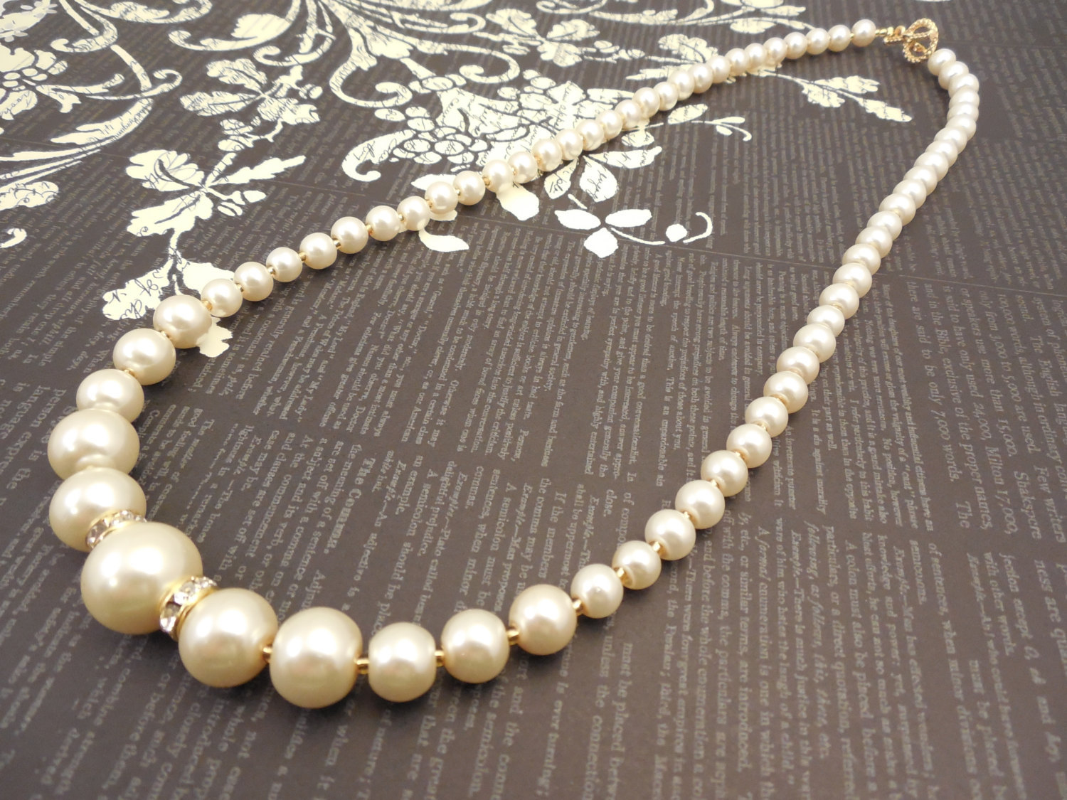 One Strand Embossing Look Cream Glass Pearl Necklace with Sparkle Spacer image 5