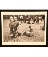 RUTH ORKIN Photograph Little Girl NYC 1947 9x12 Lithograph Portfolio Print - $23.19