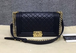 100% AUTHENTIC CHANEL NAVY BLUE QUILTED LAMBSKIN MEDIUM BOY FLAP BAG GHW