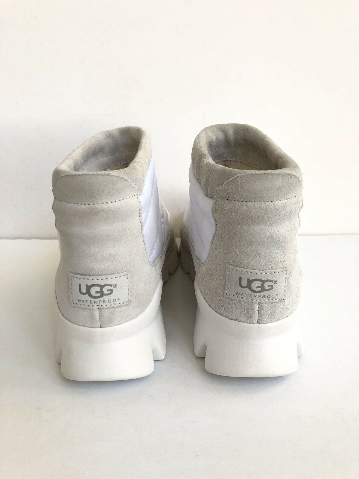 UGG CENTARA WHITE WATERPROOF ANKLE QUILTED SNEAKER SHOE US 6.5 / EU 37.5 /UK 4.5 image 4
