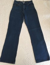 Levi's 512 Perfectly Slimming Boot Cut Denim Blue Jeans Size 6 M (26 x 31)  - $13.95