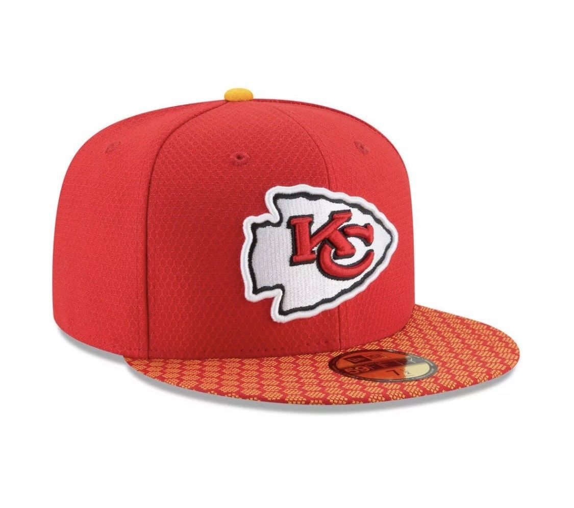 New Era 59Fifty Hat Kansas City Chiefs NFL 2017 On Field Sideline Fitted Hat!!
