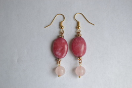 Handmade Oval Pink Agate And Rose Quartz Gold Plated Earring - $14.99