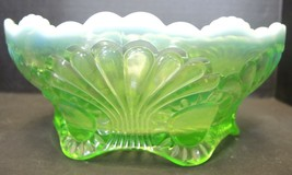Antique Jefferson Glass Green Opalescent Low Footed Bowl - Tokyo Pattern - $42.74