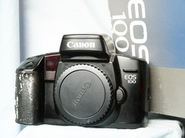 Canon EOS 100 / Elan Professional 35mm SLR Camera Boxed -Nice- - $25.00