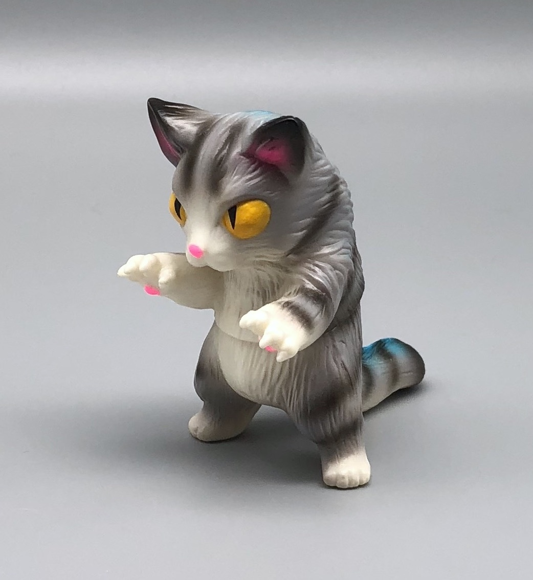 Max Toy Gray Stripe Mini Nekoron