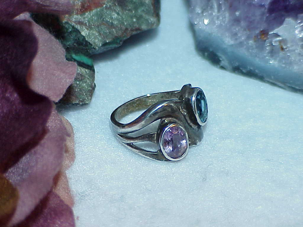 Sterling Silver Blue Topaz Amethyst Bypass Ring Size 7 Antique 5.4 Gr Vintage