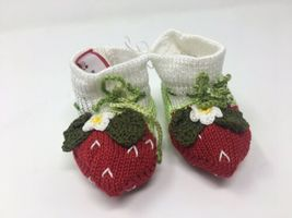 Baby Girls Hand Knit 3pcs Size 24 Months Sweater+Hat+Booties Strawberry Gift NEW image 6