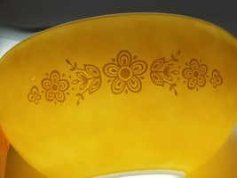 Vintage Pyrex Butterfly Gold 4 L Large Mixing Bowl Gold 444 1972 - $19.75