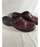 CLARKS Women Brown Leather Clogs Mules slides 6 M - $18.53