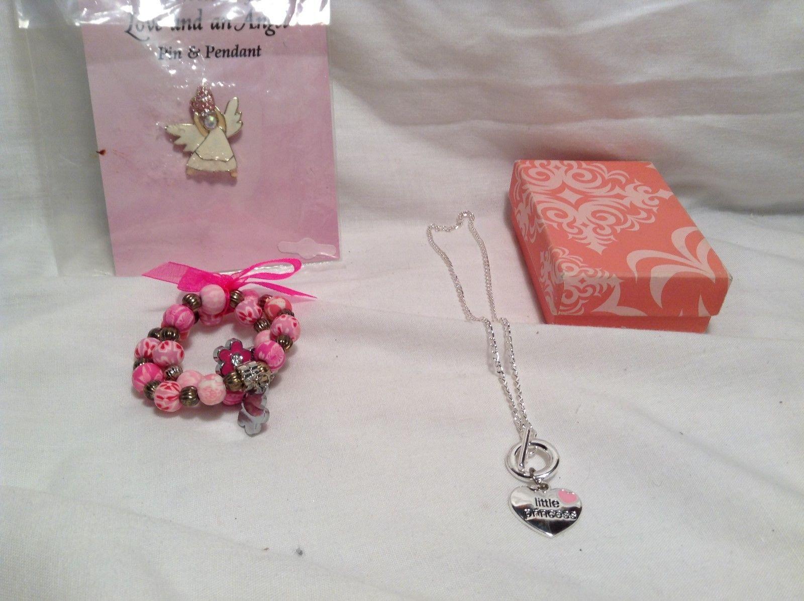NEW Angel Pendant Childs Jewelry Set