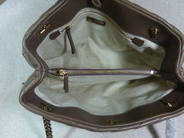 NWT Tory Burch Classic Taupe Kira Chevron Tote $598 image 12