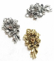 BOUQUET OF FLOWERS FINE PEWTER PENDANT CHARM - 15x24x8mm image 1