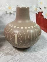 Ethnic Design Cream & Brown Pottery Vase