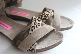 NEW! Betsey Johnson FUSION Suede Leather Leopard Camouflage Sandals Flats 7.5 M - $53.40