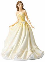 Royal Doulton Treasured Love Daisy Language of Flowers HN5880 New In Box - $176.90