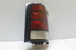 1994-1995 Dodge Caravan Right Pass Genuine OEM tail light 15 15L4 - $9.89