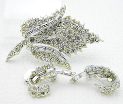 Vintage PELL Clear Rhinestone Flower Leaf Pin Brooch Clip Earring Set - $29.70