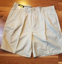Men's Shorts Roundtree & York Casual Beige Relaxed Fit Size 36 - $12.16