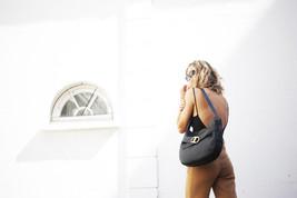 NWT Tory Burch Gemini Link Leather Shoulder / Crossbody Bag In Black - $379.00