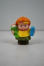 FISHER PRICE LITTLE PEOPLE Eddie with Frog and Water Bottle - $2.96