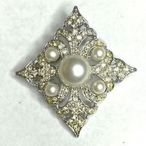Sarah Coventry Rhinestone Faux Pearl Brooch Pin Silver Tone Diamond Shape Signed - $18.53