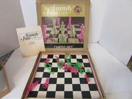 VTG HASBRO 1971 FAMILY FUN CHESS SET PINK & GREEN PLAYING PCS MASONITE B... - $16.61