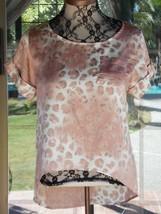 "Leopard Print Cuffed Short Sleeves Satiny  Hi Low Shirt Sz. S  34"" Bust - $11.87"