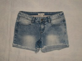 Forever 21 Acid Wash Cuffed Frayed Hem Denim Jean Shorts Size 27 - $24.99