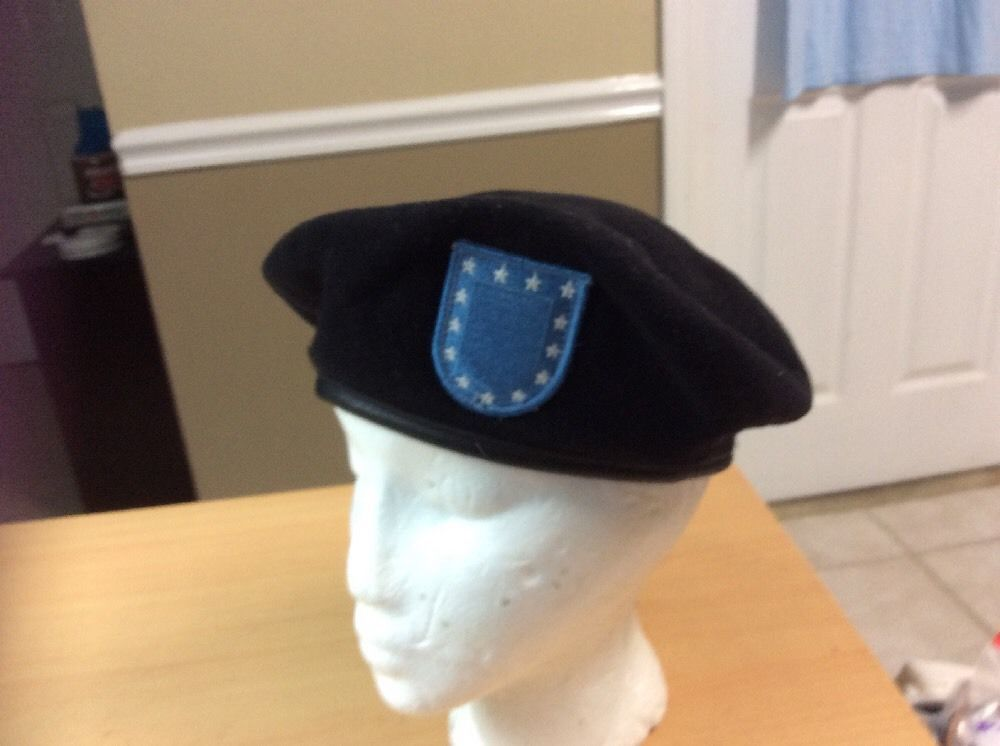 2024b18f03e05 S l1600. S l1600. Previous. DSCP 1997 Garrison Collection US Army Black  Wool Beret with Blue Patch sz 6.7 8