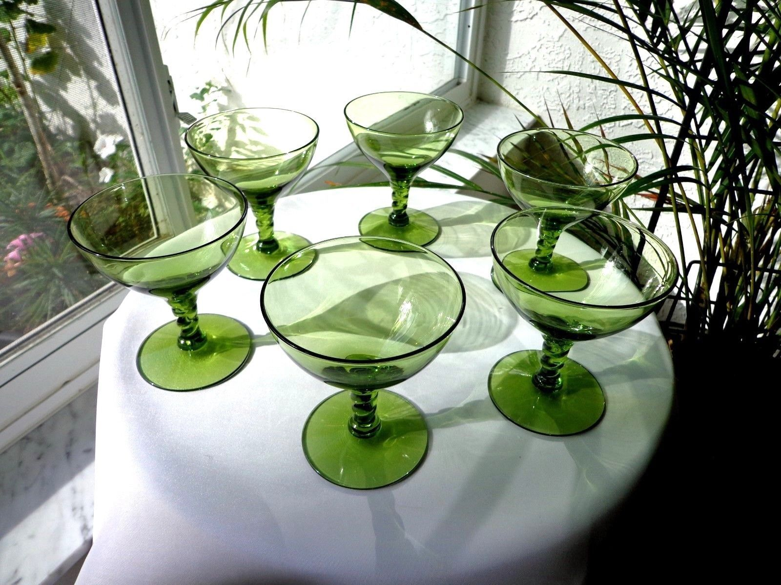 Primary image for Set of 6 Seneca Crystal Pirouette Pattern Green Champagne Glasses