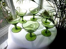 Set of 6 Seneca Crystal Pirouette Pattern Green Champagne Glasses - $31.68