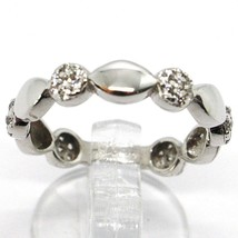 18K WHITE GOLD BAND RING, CUBIC ZIRCONIA, ALTERNATE FLOWERS AND PETALS image 1