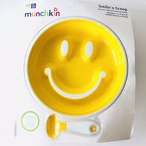 Munchkin Smile 'n Scoop Suction Plate and Training Spoon Set Yellow - 9 ... - $9.87