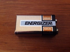 Vintage 1979-80 Union Carbide Energizer 9 Volt Eveready Alkaline Battery... - $15.99