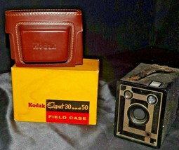 Antique Box Camera and  Kodak Signet 30 or 50 Field Case AA20-CA4044 Vintage