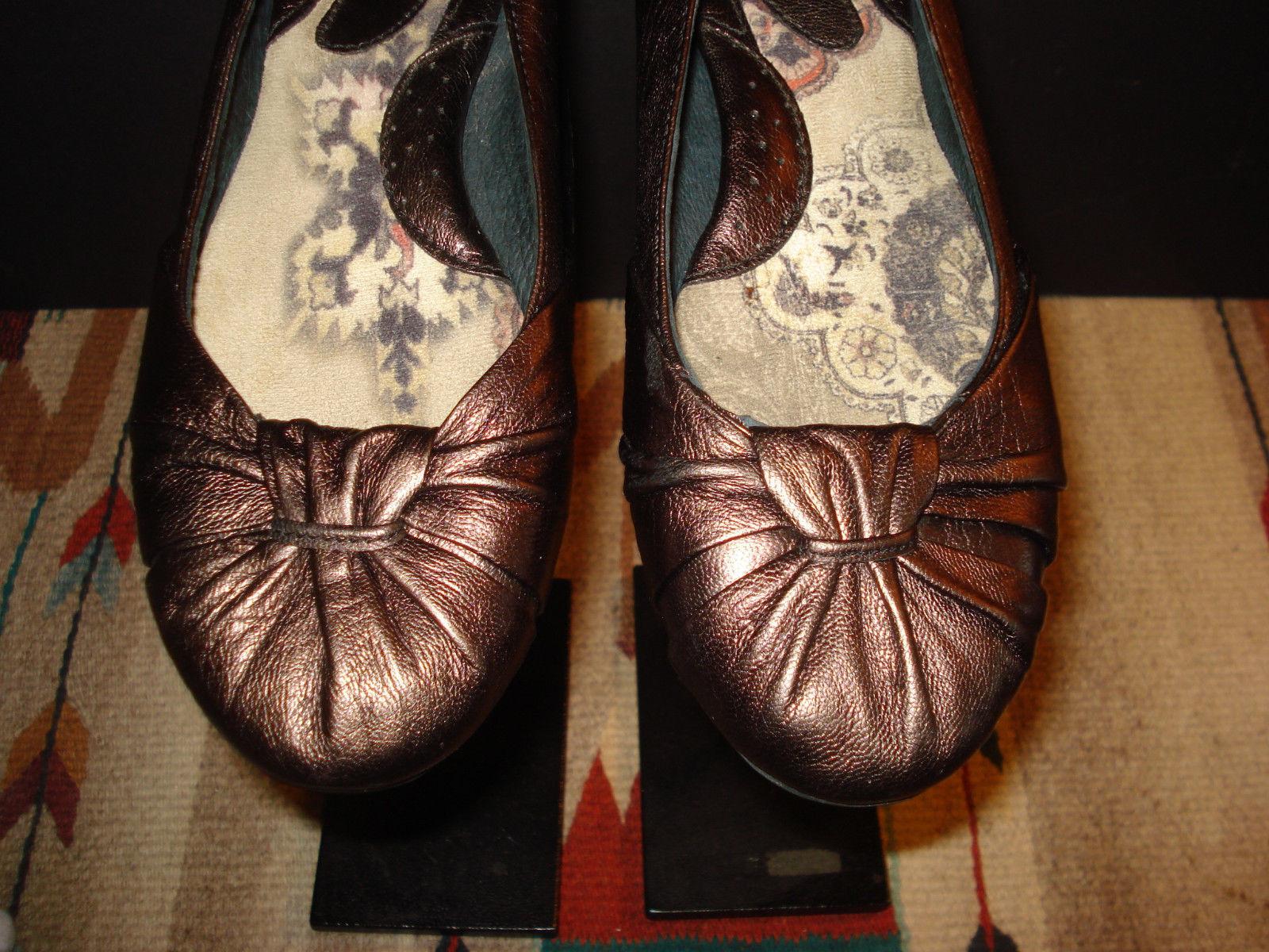 Born Copper/Gold Metallic Leather Casual Flat Sz. 38 EU / 7 US Excellent!