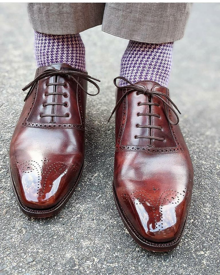 Handmade Men Burgundy Heart Medallion Lace Up Dress/Formal Leather Oxford Shoes