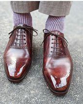 Handmade Men Burgundy Heart Medallion Lace Up Dress/Formal Leather Oxford Shoes image 1