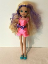 MGA Entertainment Moxie Girlz 2009 Doll Avery Blonde Purple Color Hair Clothing - $12.99
