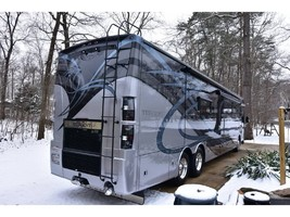 2017 THOR MOTOR COACH TUSCANY 45AT For Sale in Severn, MD 21144 image 2