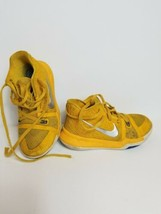 Nike Kyrie Irving Youth Shoes Gold Chrome Mac n Cheese Basketball size 1... - $39.19