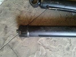 Two Hydraulic Cylinders image 3