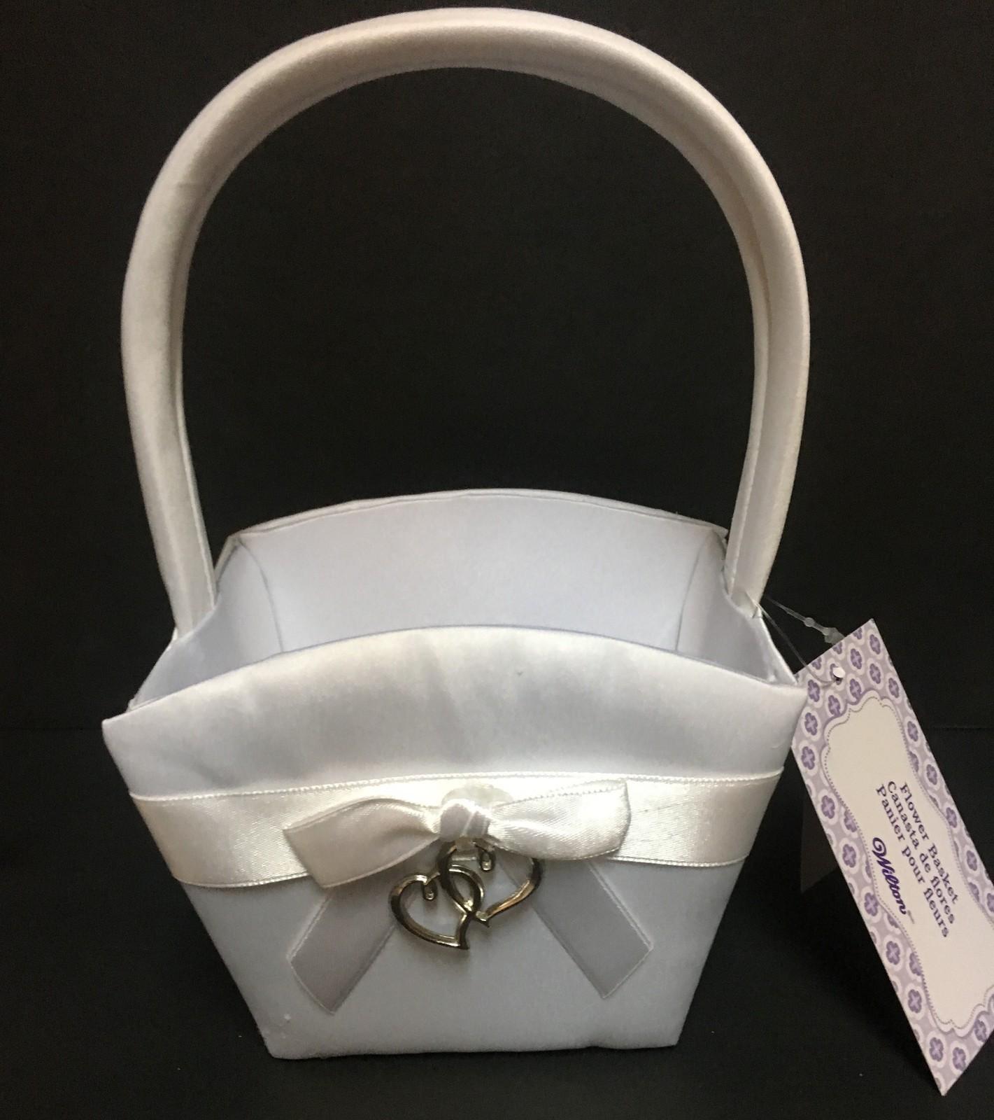"Flower Basket Silky White Bow Hearts 8""H Wilton"
