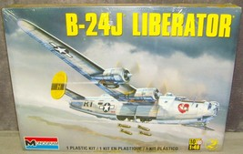 Monogram New in Sealed Box B-24J Liberator Aircraft Bomber 1:48 Scale Mo... - $79.99