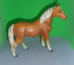 Horse - Lefton Porcelain / Ceramic Palomino Quarter Horse - Standing - NICE - $34.00