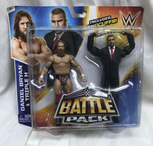 WWE Wrestling Series 32 Daniel Bryan & Triple H Battle Pack Handcuffs Sh... - $34.65