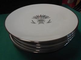 Magnificent  Vintage FRANCISCAN Fine China REGENCY Set of 7 DINNER Plates - $55.15