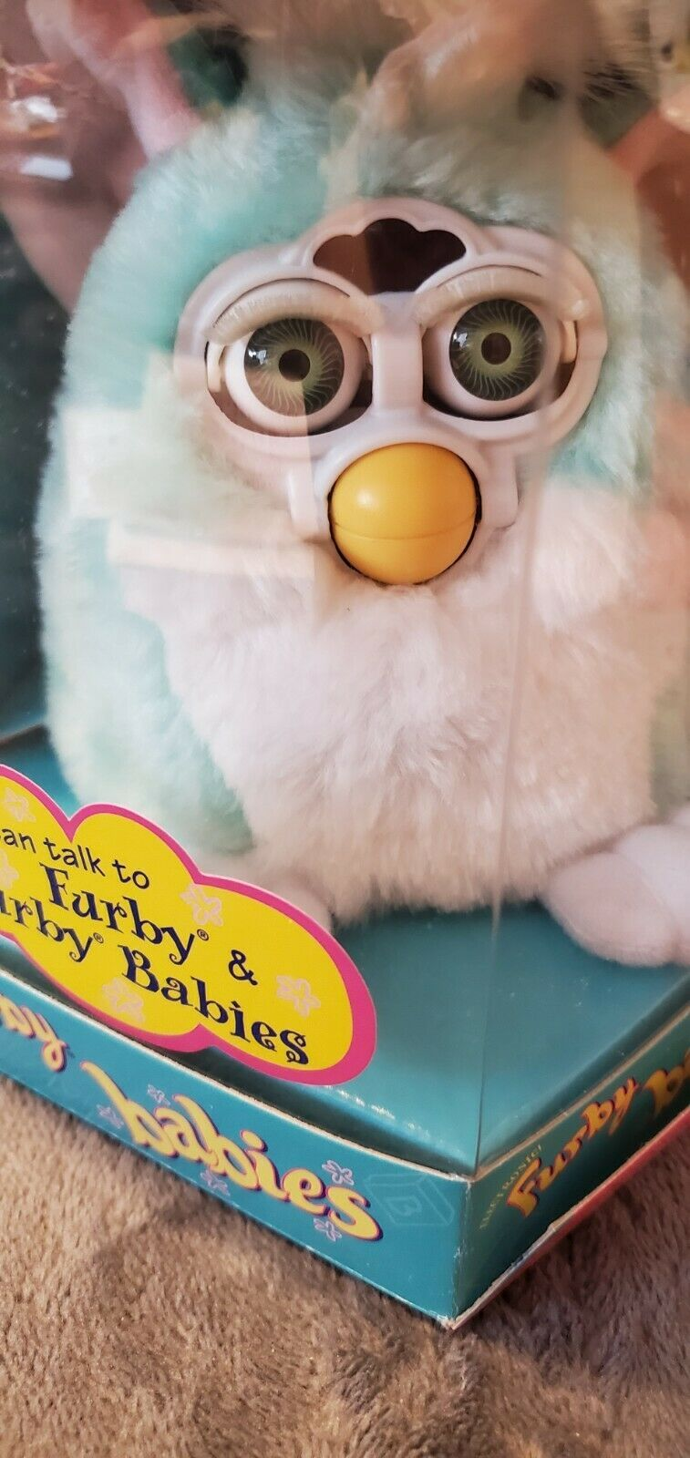 1ST ORIGINAL GREEN AND WHITE SKUNK FURBY BABY PINK EARS RARE GREEN EYES 70-940 - $100.00